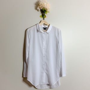   nwot   H&M white button down top   size S